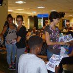 Distribution du carnet de voyage réalisé par Mme Loviton