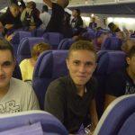 Jérémie et Mathieu prennent l'avion pour la première fois sourire aux lèvres malgré tout